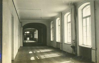 Akademijos centrinių rūmų koridorius