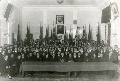 Ateitininkų šventė: A.Stulginskis,vyskupai Skvireckas, Bucys, rektorius V.Vilkaitis