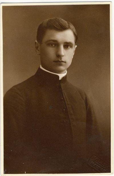 Kunigas Jonas Lapinskas