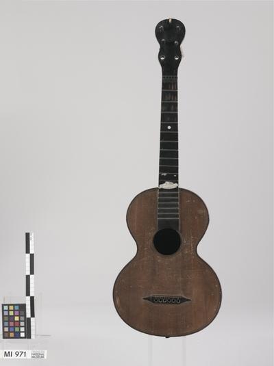 Gitarre (Quartgitarre)
