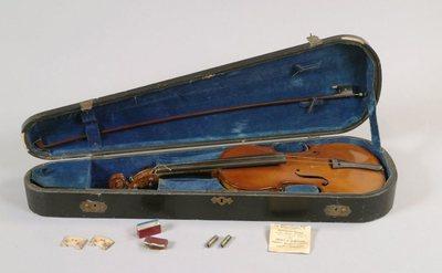 Violon, boîte et archet