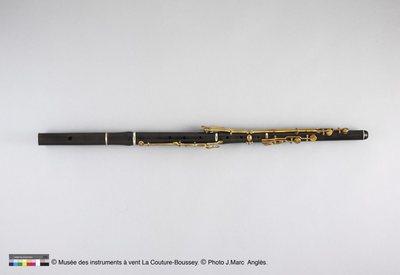 Flûte traversière en ré (rallongée)