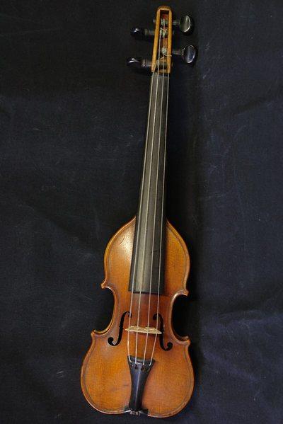 Pochette forme violon
