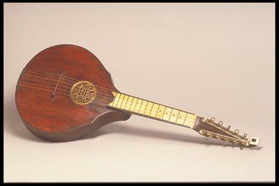 Cistre ou English guitar