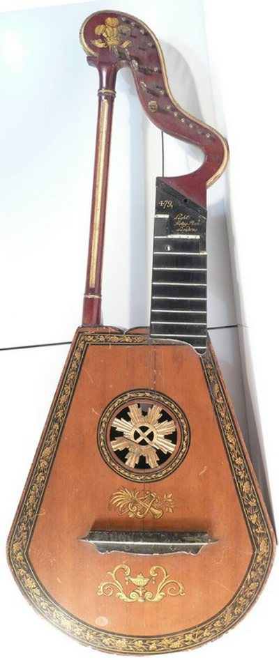 Guitare-harpe