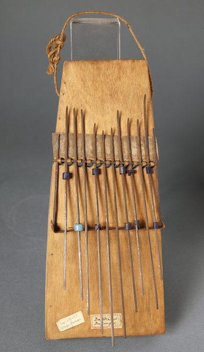 Lamellophone sanza