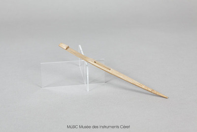 Guimbarde avec languette encadrée en bambou