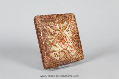 Daf, tambour sur cadre quadrangulaire avec motifs (peinture henné)