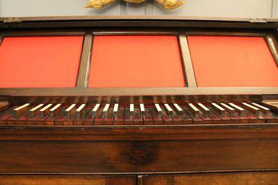 Bureau organ