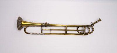Slide trumpet in F