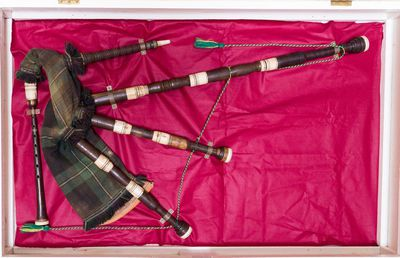 Highland bagpipes