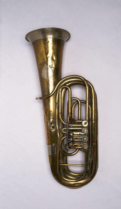 Bass tuba (low B-flat)