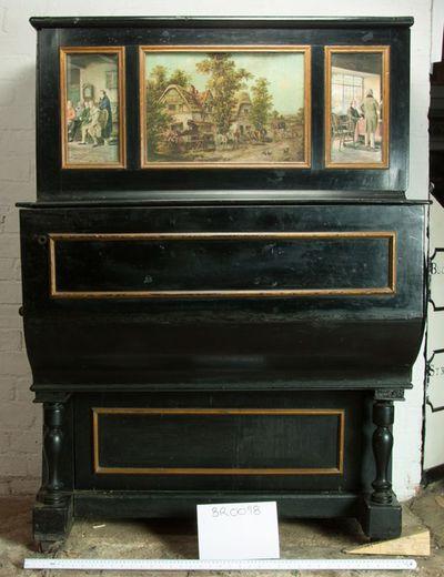 Barrel piano