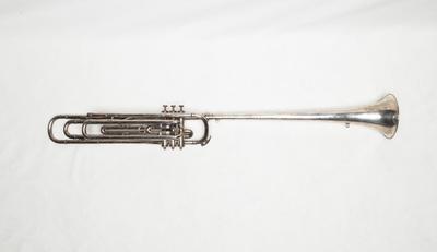 Bass fanfare trumpet in G