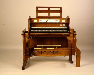 Church organ console