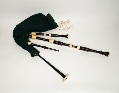 Irish warpipes