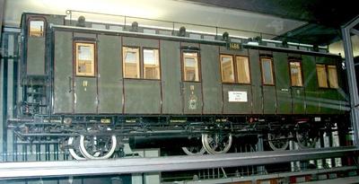 Dreiachsiger Abteilwagen 4. Klasse Berlin 1466, nach Musterblatt M Ib11 1904, Modell 1:5