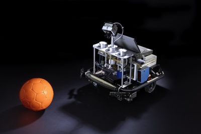 Fußball-Roboter der RoboCup Middle Size League
