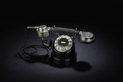 Tischtelefon Mod. ZB SA 25 Pferdefuß