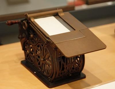 Autographic Register