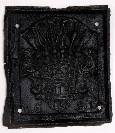 Ofenplatte mit dem Wappen der Herzöge von Sachsen-Zeitz