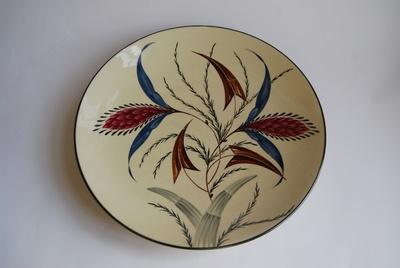Großer handbemalter Teller