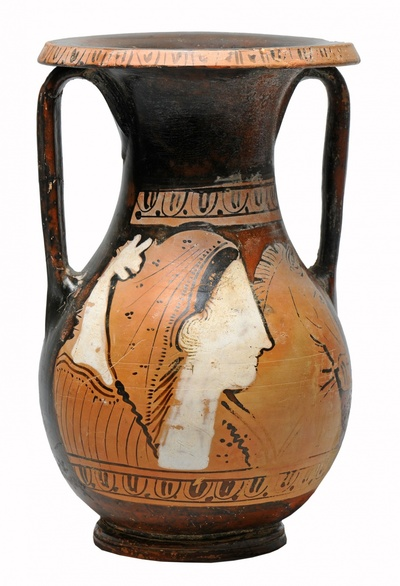 Sogenannte Kertscher Vase: Köpfe von Göttin, Greif und Pferd