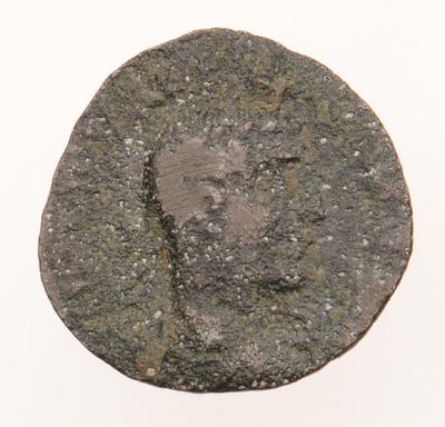 Büste des Kaisers Trebonius Gallus / der Gott Apollon auf Greif