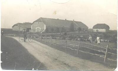 <b>Kara laika bēgļi pie Salnaskroga></b>