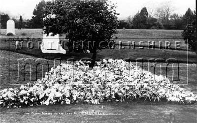 Floral tribute to the late Rev. E.M Weigall, Vicar of Frodingham in Brumby Cemetery, Scunthorpe, in 1908