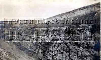 Ironstone face, Midland ironstone mine, Scunthorpe, c.1910