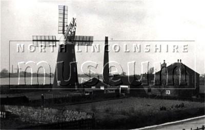 Gunness steam and windmill taken by Arthur Singleton before 1911