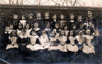 Class photograph at Frodingham School, Scunthorpe
