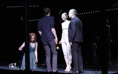 Henrik Ibsen, Hedda Gabler, Drama SNG Maribor, 2014/15. Fotografija 59