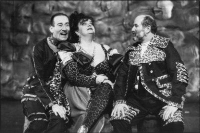 Alfred Jarry, Kralj Ubu, Mestno gledališče ljubljansko, 1995/96. Fotografija 130
