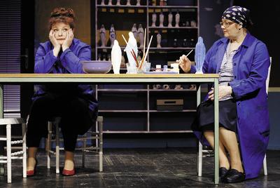 Desa Muck, Selma in Lojzka, Gledališče Koper, 2005/06. Fotografija 156