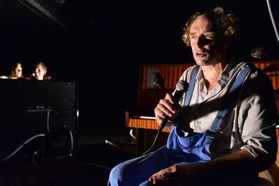 Stanisław Ignacy Witkiewicz, Ponorela lokomotiva, SNG Drama Ljubljana, 2012/13. Fotografija 28