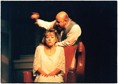 Eugene Gladstone O'Neill, Dolgega dne potovanje v noč, Drama SNG Maribor, 1999/00. Fotografija 51