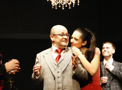 Primož Vitez, Matjaž Latin, Ta mračni predmet poželenja, Drama SNG Maribor, 2009/10. Fotografija 80