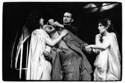 Rudi Šeligo, Razveza ali Sveta sarmatska kri, Drama SNG Maribor, 1996/97. Fotografija 143