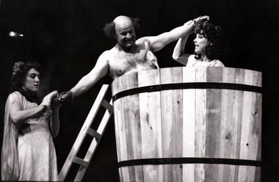 Rudi Šeligo, Razveza ali sveta sarmatska kri, Drama SNG Maribor, 1996/97. Fotografija 145