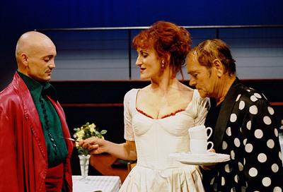 Carlo Goldoni, Krčmarica Mirandolina, Gledališče Koper, 2002/03. Fotografija 52