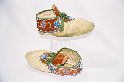 Chippewa Indian moccasins.