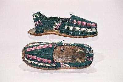 Women's sandals; 'Alpargatas'.