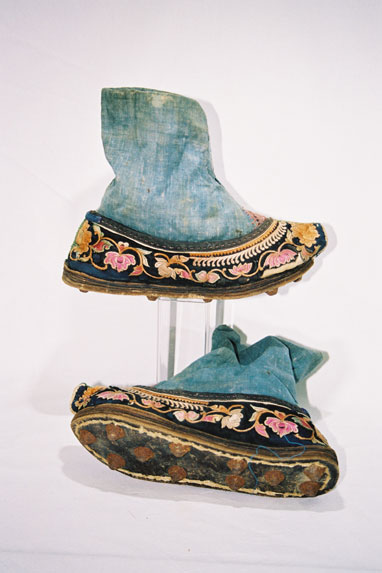 Ladies shoes - Pu Ding Tribe.