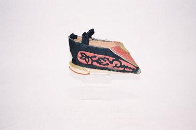 Ladies bound feet shoe - 'Jin Lian'