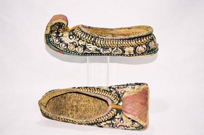 Yi-minority - ladies shoes.