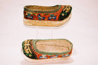 Childs platform shoes.