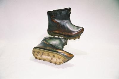 Ladies rainshoes.
