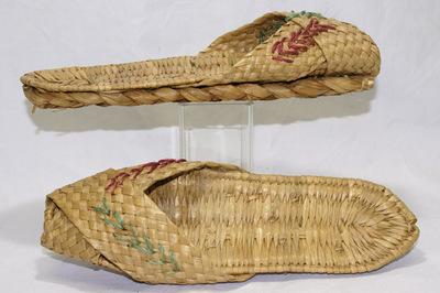 Ladies slippers.